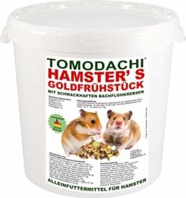 Tomodachi Hamsterfutter mit tierischem Eiweiß, Alleinfuttermittel für Hamster mit Bachflohkrebsen (Gammarus), leckerem Gemüse, Körnern und Saaten, Hamster's Goldfrühstück 1kg Eimer - 1